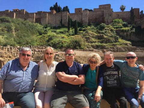 Famtrip de Aerlingus y Travel Solutions, junto al Teatro Romano